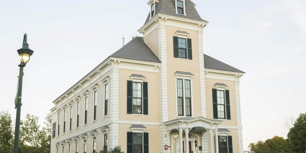 Chelmsford Center Town Hall